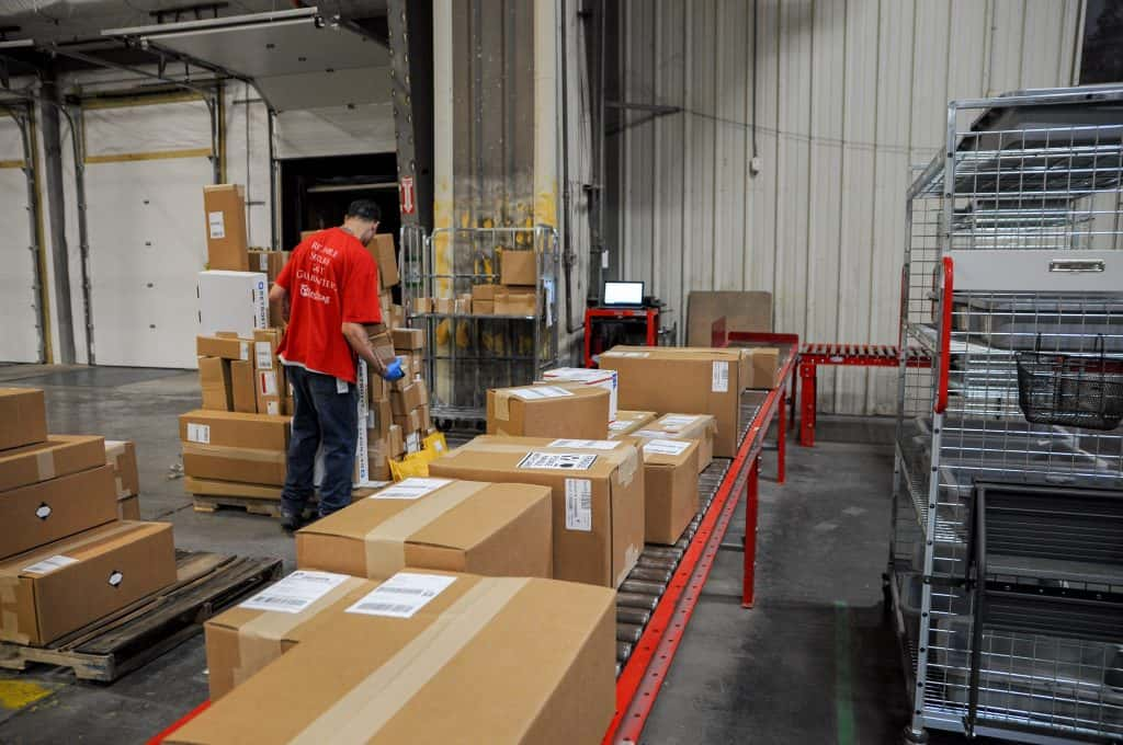 DIM weight pricing affects large parcels