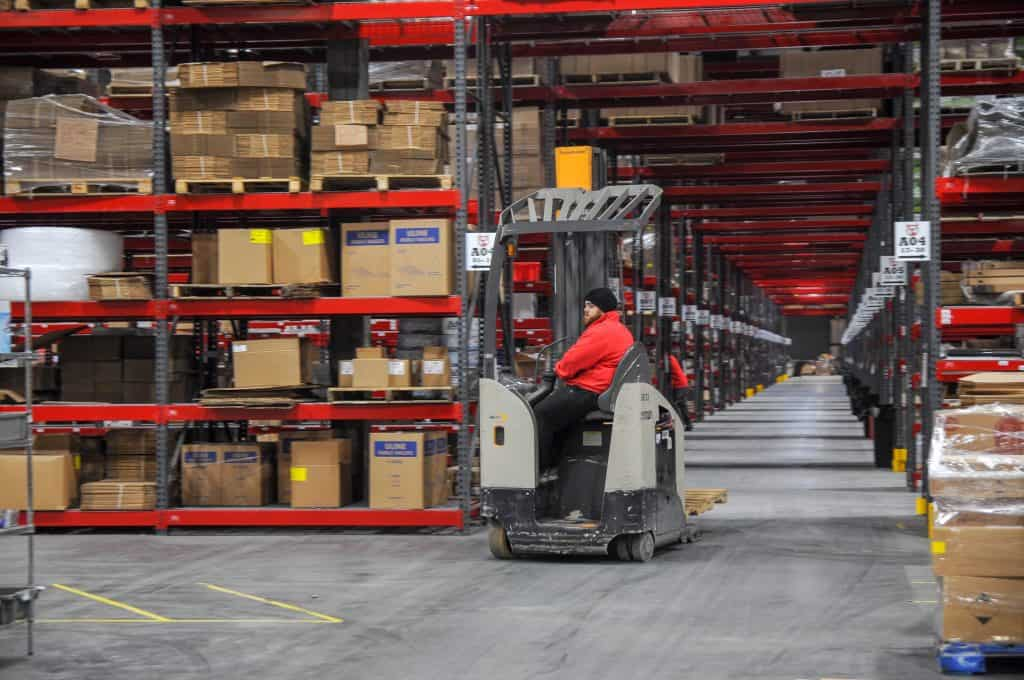 pick and pack fulfillment warehouse