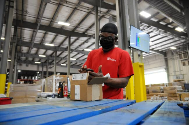 Red Stag Fulfillment helps eCommerce businesses manage their logistics costs.