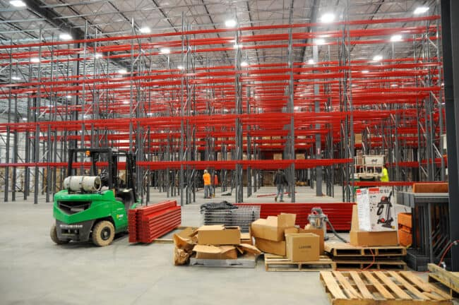 empty warehouse shelves when starting a 3pl business